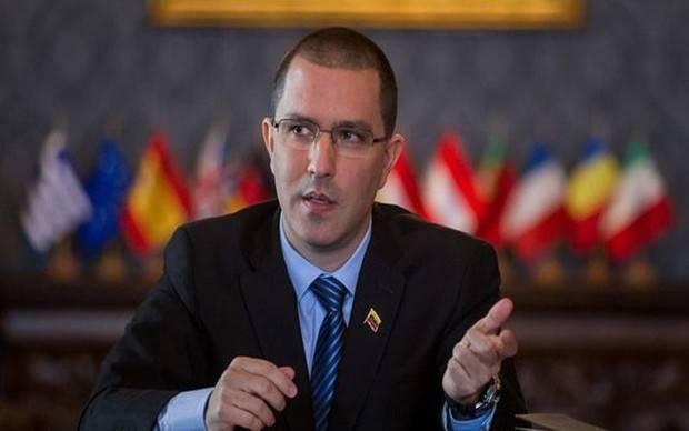 Venezuela califica de 'bochornosa subordinación' petición España a Tillerson