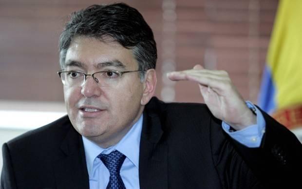 Colombia dice que creación de criptomoneda venezolana es 'cortina de humo'