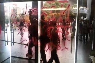 Grupos violentos intentaron agredir a trabajadores de la AN