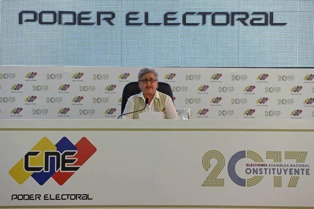 Reuters: Solo 3,7 millones de personas votaron por la constituyente