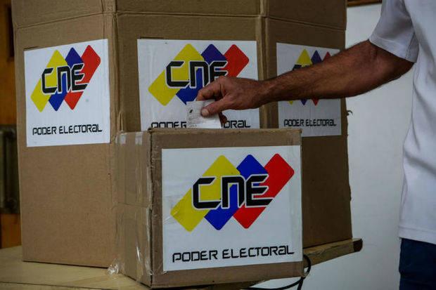 Inicia instalación de mesas electorales en 13.559 centros de votación
