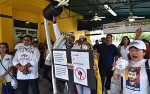Venezolanos exiliados a la espera de Mike Pence en Miami