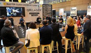 Herrera destaca la 'la innovación y la profesionalidad' del sector agroalimentario