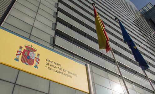 España pide a UE explorar sancionar a Maduro si hay referendo constituyente