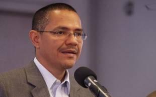 Venezuela se solidariza con Honduras frente a políticos 'arrodillados' a EEUU