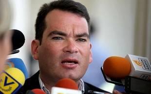 Tomás Guanipa manifestó su descontento ante la propuesta de ley del presidente Maduro