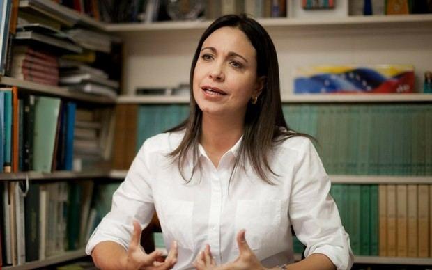 María Corina Machado califica de 'narco fraude' el decreto de la ANC sobre las elecciones