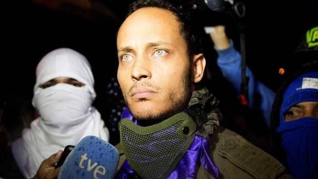 Policía que atacó el Supremo de Venezuela reaparece y da entrevista a TVE