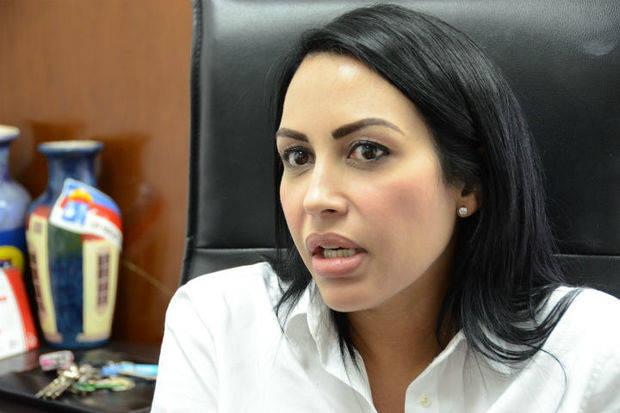 Delsa Solorzano reiteró a empleados públicos que el voto es secreto