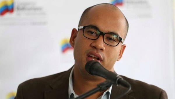 Héctor Rodríguez asegura que sanciones a funcionarios del gobierno son impulsadas por la oposición