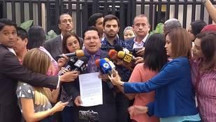 Entregaron a la OEA documento en rechazo a persecución contra Guevara