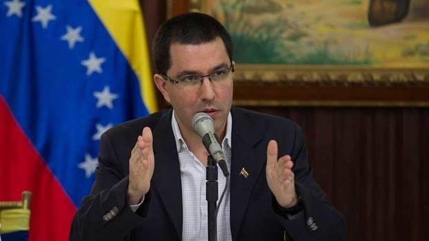 Arreaza denuncia ataque internacional contra sistema electoral
