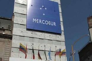 Mercosur se reunir� para discutir aplicar cl�usula democr�tica a Venezuela