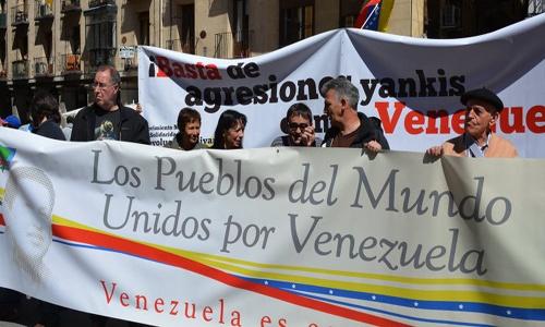 Izquierdistas piden al Gobierno español protección para partidarios de Maduro