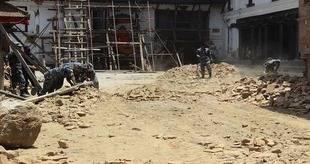 Al menos 21 muertos y 27 desaparecidos por deslizamientos de tierra en Nepal