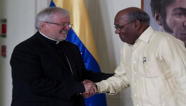 Nuncio Apostólico se reunió con el vicepresidente Istúriz