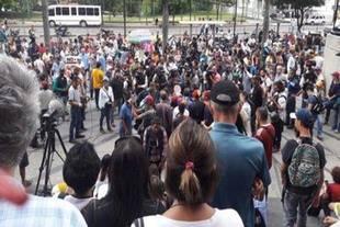 Oposición vuelve a la calle para marchar hasta el Poder Electoral