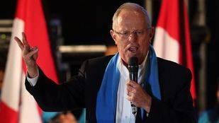 Congreso de Per� pide a Kucyznski que convoque a su embajador en Venezuela