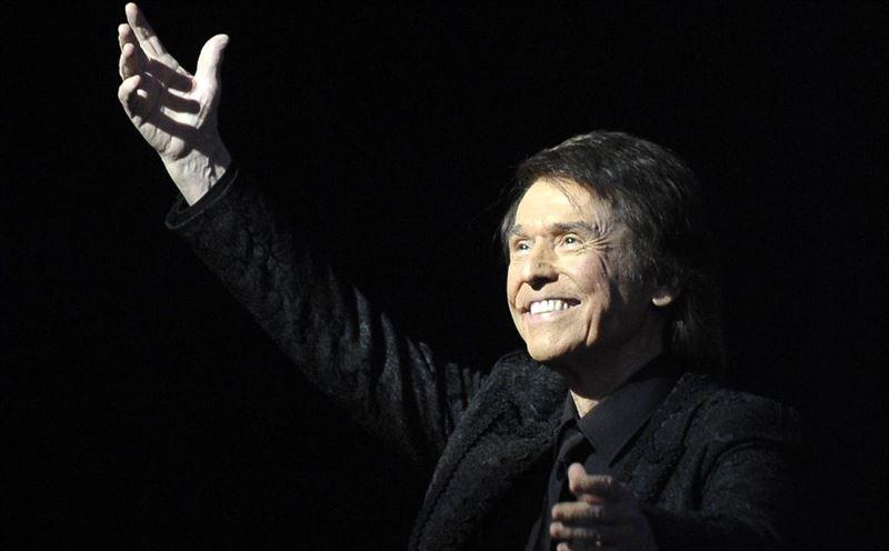 Raphael llega este domingo a Espartinas con su gira 'De Amor & Desamor'