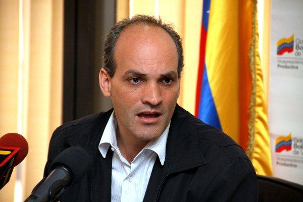 China participará en 14 motores productivos para paliar crisis en Venezuela