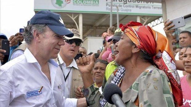 Santos firma decreto que facilita ingreso venezolanos con familia colombiana