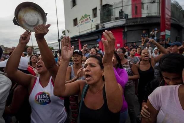 Opositores alertan de que Venezuela está al borde de un estallido social