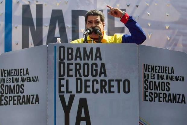Maduro acusa a Obama de parecerse a Bush con sus