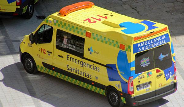 Fallecen dos personas al chocar un turismo contra una casa en Coreses (Zamora)