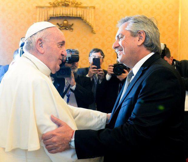 El Papa Francisco recibió en el Vaticano al presidente Alberto Fernández