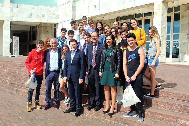Los alumnos del Santiago Apóstol de Buenos Aires visitaron la Cidade da Cultura