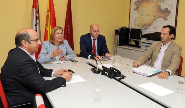 Del Olmo anuncia un segundo inversor para Vestas que generaría 200 empleos directos
