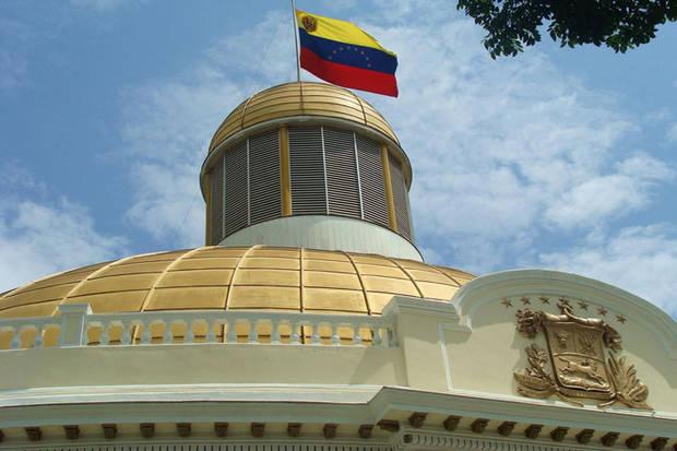 La oposición venezolana aún no define al nuevo presidente del Parlamento