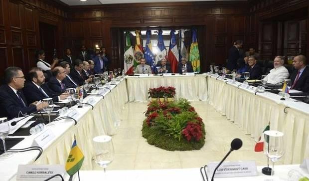 Gobierno y oposición a segunda ronda de diálogo este viernes sobre crisis venezolana