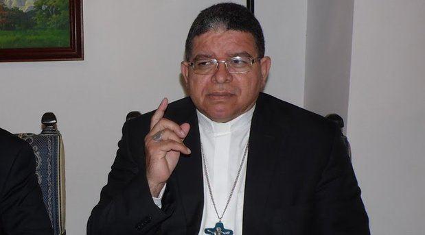 """Monseñor Azuaje precisó que en Venezuela hay """"una emergencia grave"""""""