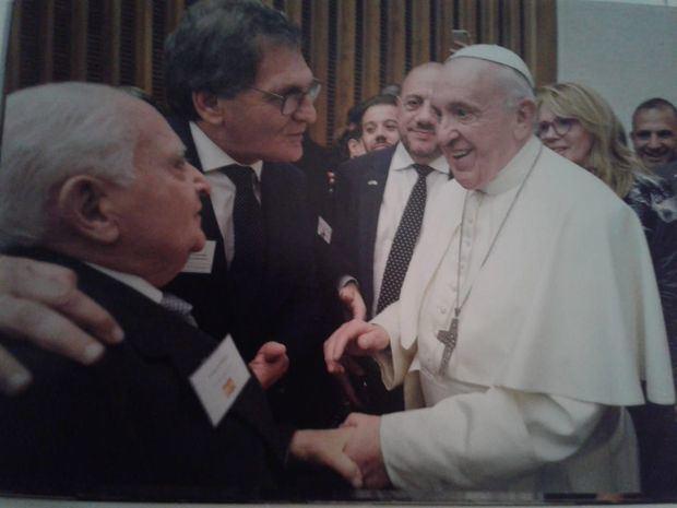Benito Blanco participó de la histórica visita de las colectividades al Papa Francisco