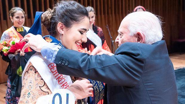 Micaela Saenz, del Centro Región Leonesa, es la nueva Reina de la colectividad