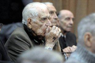 El infierno sigue recibiendo genocidas: ahora le llegó el turno a Bignone