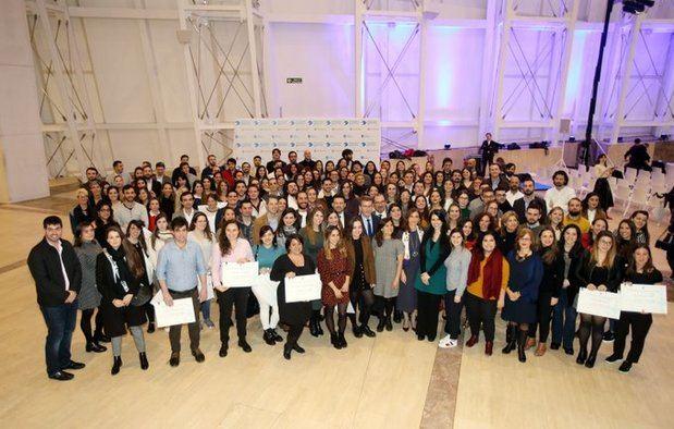 La Xunta de Galicia amplía el plazo de solicitudes de las Becas Excelencia Juventud Exterior