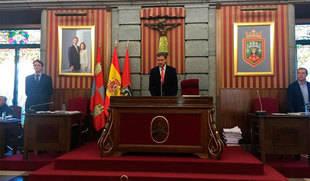 El Ayuntamiento de Burgos retira a Franco la Medalla de Oro y el título de Alcalde Honorario
