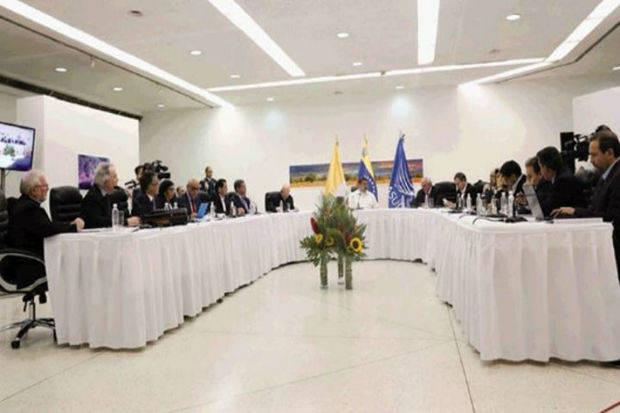 Gobierno y oposición dialogarán este viernes en República Dominicana
