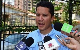 Otorgan medida de casa por cárcel al dirigente Carlos Graffe