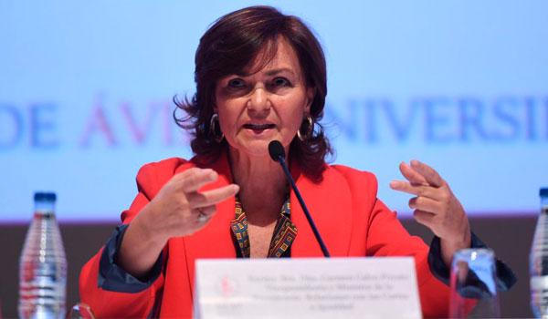 Carmen Calvo, partidaria de reformar la Constitución para hacer un modelo autonómico