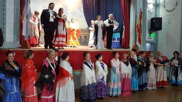 La Federación de Sociedades Castellanas y Leonesas finalizó el programa de actos en conmemoración al VIII Centenario de la creación de la Universidad de Salamanca,