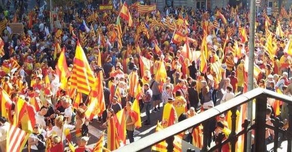 Argentina no reconoce y rechaza la declaración de independencia proclamada por el Parlamento de Cataluña.