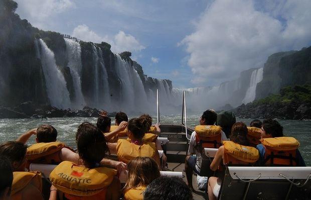 Desde junio del 2019 habrá vuelos directos entre las Cataratas del Iguazú y Madrid