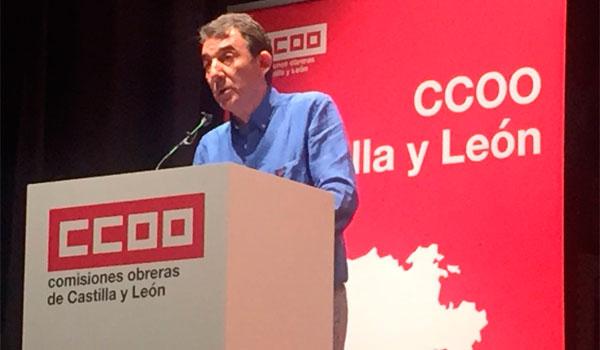 Hernández pide a los políticos que ayuden a sacar a la gente de las cunetas