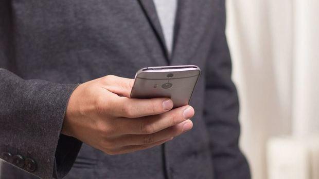 Polémica en España: El Estado 'espiará' 8 días durante 3 semanas rastreando el móvil en todo el país... ¿es legal?
