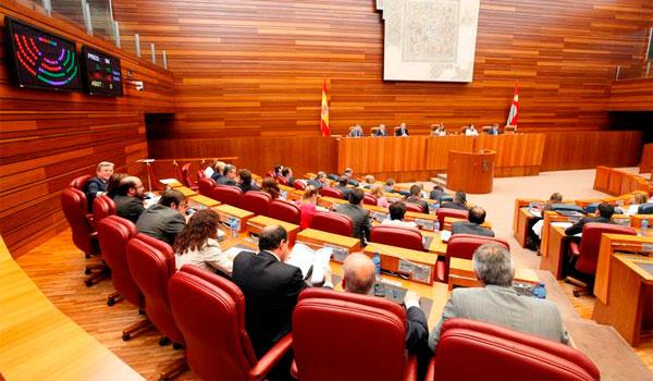 El PP insta al PSOE a pactar la ordenación del territorio y la reforma del Estatuto de Autonomía