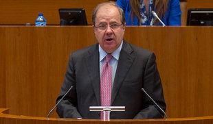 Herrera refrenda a Sáez Aguado frente a los reproches de PSOE y Podemos: