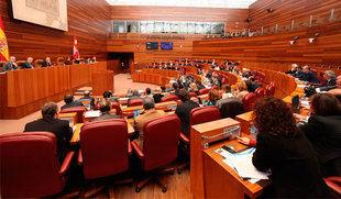 La oposición se une para 'reprobar' a Sáez Aguado